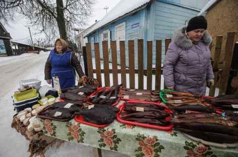 Izborsk, marché local -