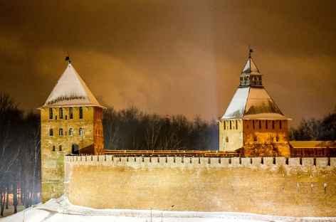 Novgorod, les murs du Kremlin -