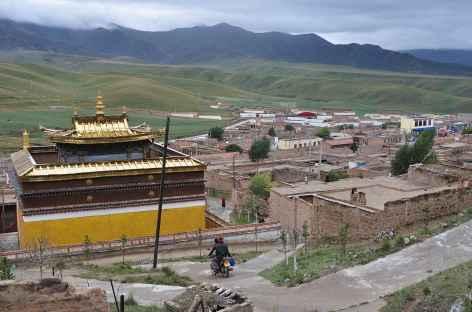 Village de l'Amdo entre Labrang et Tongren - Chine -