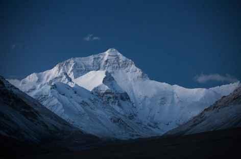 Lever du jour sur la face Nord de l'Everest - Tibet -
