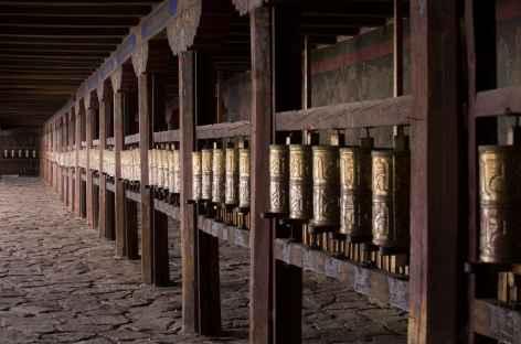 Moulins à prières à Samyé - Tibet -