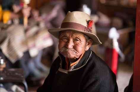 Rencontre au monastère de Tandruk - Tibet -