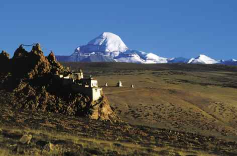 Monastère de Chiu devant le Kailash  -