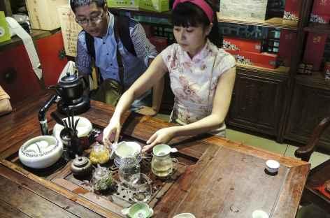 Rituel du Thé à Chengdu, Sichuan, Chine -