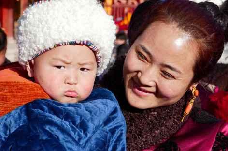 Tibétains en habits de fête- Amdo -
