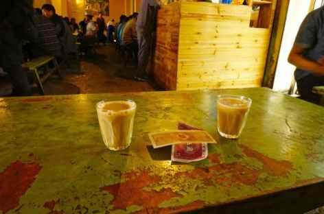 LA boisson locale, le thé au lait -