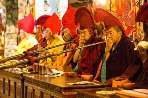 Cérémonie à Tsurphu - Tibet -
