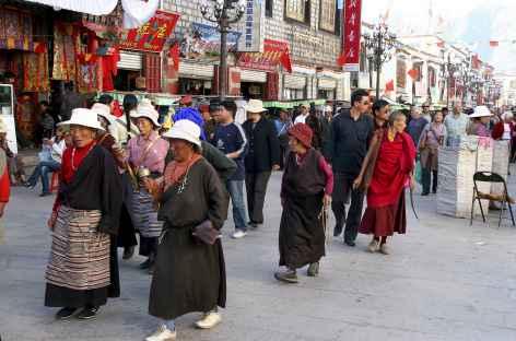 Pélerin sur le Barkhor Tibet -