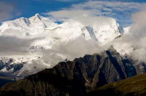 Vue sur les sommets au cours du trek - Tibet -