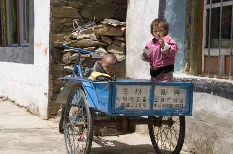 Véhicule de fortune - Tibet -