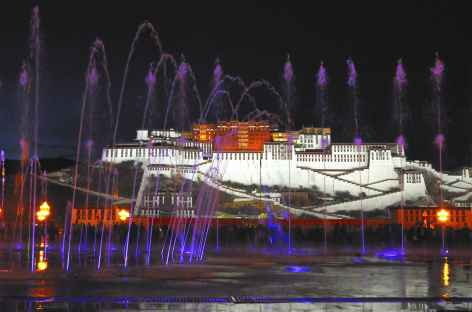 Lumières nocturnes sur le Potala -
