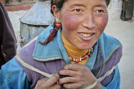 Femme des villages d'altitude - Tibet -