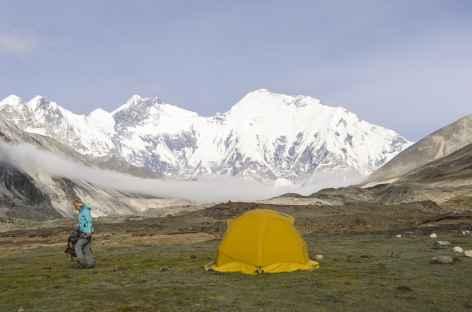 Camp au pied des géants - Tibet -