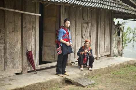 Village dans le massif Tay Con Linh -
