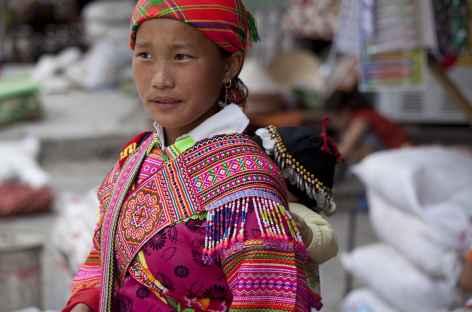 Au marché de Vinh Quang -