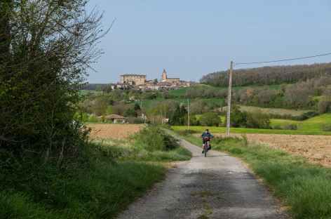 Sous le village de Lavardens -