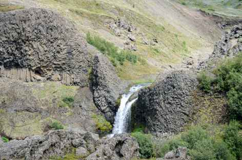 Vallée verdoyante de Gjáin, Islande -