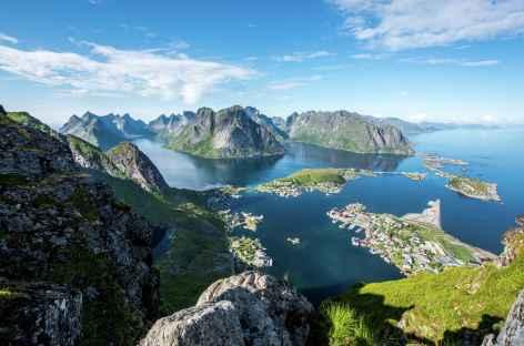 sur les hauteurs de Reine - Lofoten - Norvège -