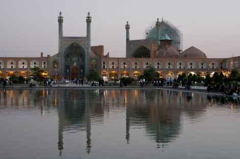 La place Naqsh-e Jahan à Ispahan -