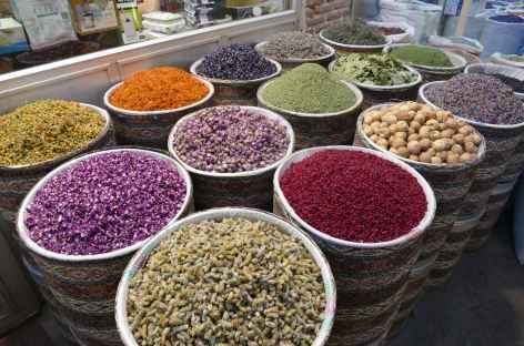Bazar coloré de Tabriz -