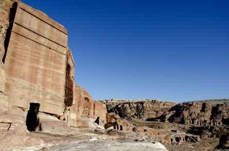 L'un des nombreux tombeaux nabatéens de Pétra - Jordanie -