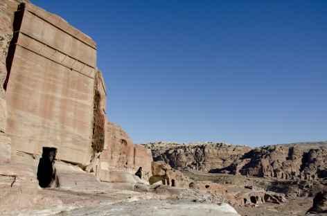Pétra, l'un des nombreux tombeaux - Jordanie -