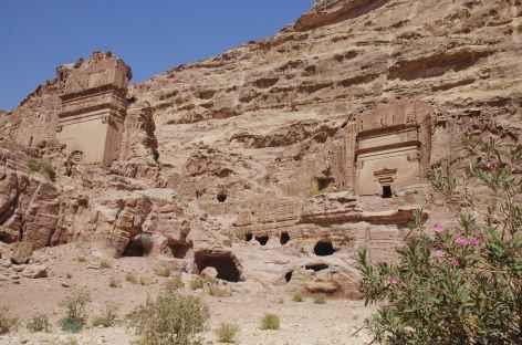 Nombreux tombeaux à Pétra - Jordanie -