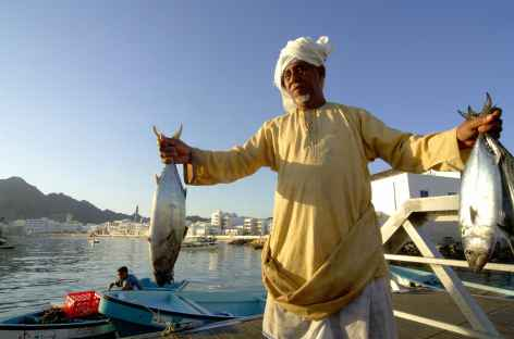 Retour de la pêche au port de Muttrah - Oman -