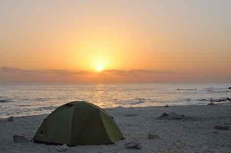 Bivouac sur les plages sauvages de Fins - Oman -
