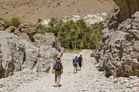 Trek vers le village de Bidah, entrée du Wadi Bani Khalid - Oman -