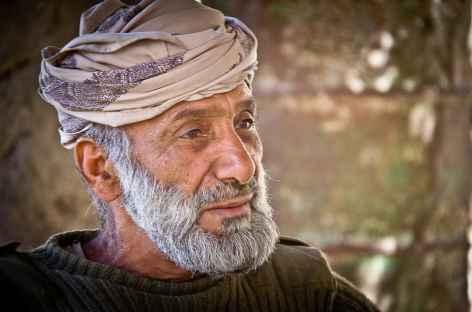 Rencontre avec un chawi du Wadi Bani Awf - Oman -
