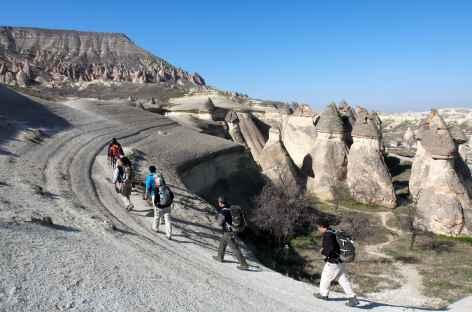 Randonnée entre la vallée de Pasapaglari et le village de Cavusin, Cappadoce - Turquie -