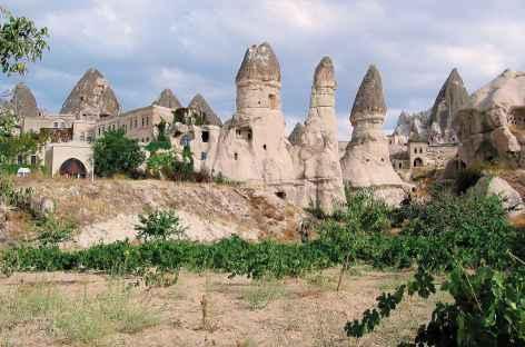 Village de Göreme et ses maisons troglodytes, Cappadoce - Turquie -