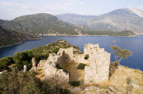 Ruines sur l'île de Gemili, côte lycienne - Turquie -
