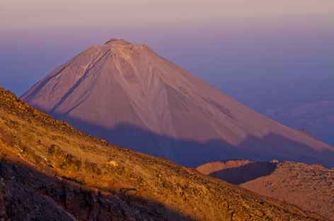 Cône parfait du Petit Ararat - Turquie -