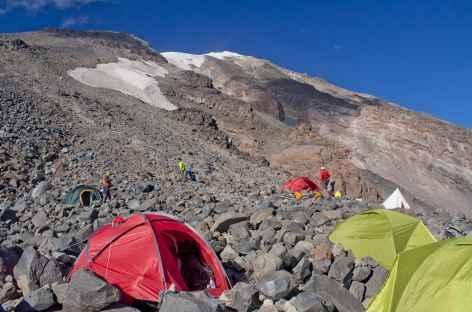 Camp II (4200 m), au milieu des blocs, Mont Ararat - Turquie -