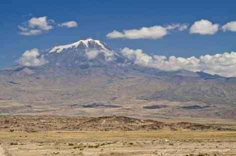 Le Mont Ararat (5137 m) vu depuis la ville de Dogubeyazit -