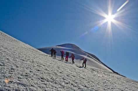 Dernier effort avant le sommet du Mont Ararat (5137 m) -