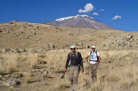 Dernière descente du Mont Ararat, avant le village de Cevirmen (2200 m) -