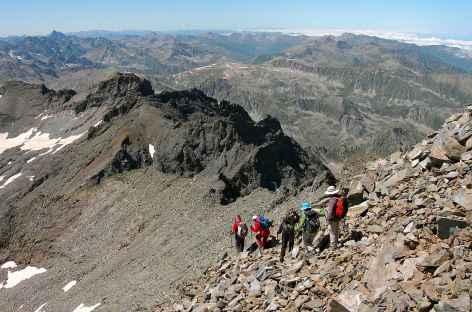 Descente du sommet Kackar (3932 m) -