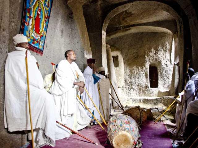 Une des nombreuses églises monolithiques de Lalibela - Ethiopie, © Julien Erster - TIRAWA