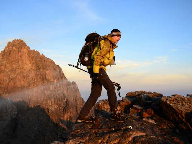 Au sommet du Mont Kenya, Pointe Lenana (4985 m) - Kenya, © Julien Erster - TIRAWA