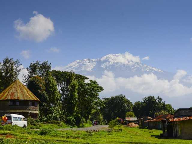 Vue sur le Kilimanjaro depuis le village de Machame - Tanzanie, © Julien Erster - TIRAWA