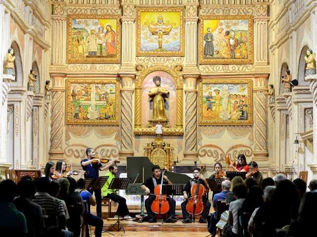 Concert de l'ensemble Paraguay Barocco - Bolivie, © Robert Dompnier - Tirawa