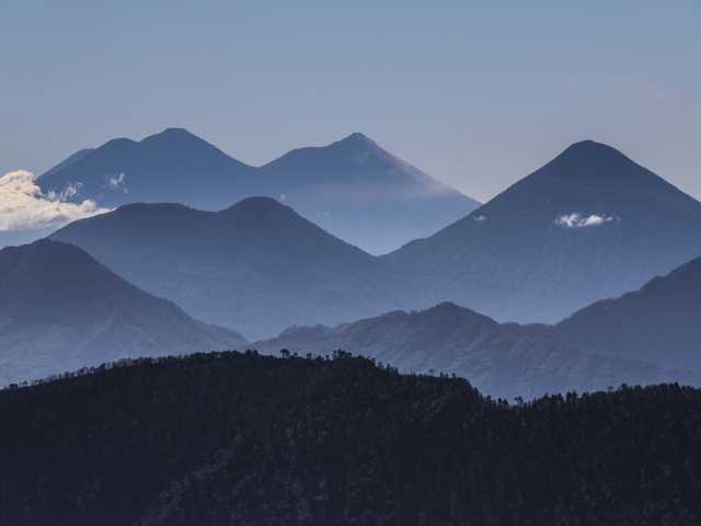 Vue sur la Cordillère Volcanique depuis le sommet du San Pedro - Guatemala, © Christian Leroy - TIRAWA