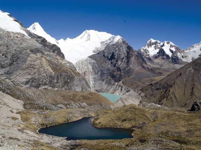 Dans la montée du col Gara Gara - Pérou, © Christian Juni - TIRAWA