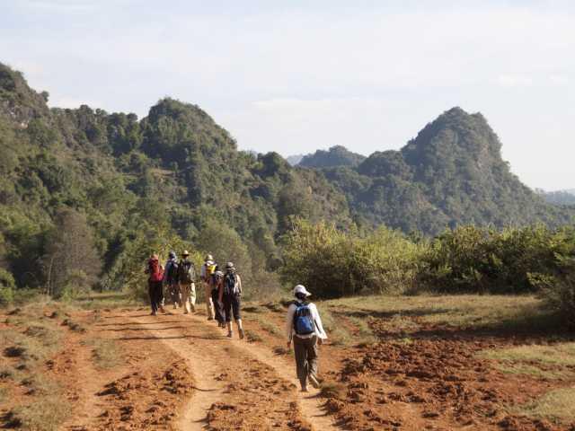 Au cours du trek chez les Paos - Birmanie, © Christian Leroy - Tirawa