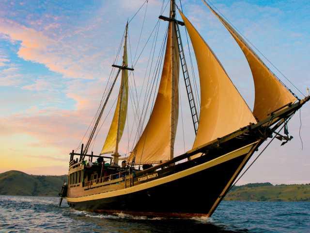 Notre bateau !,