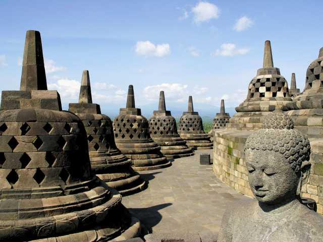 Sanctuaire bouddhiste de Borobudur, Java - Indonésie, © Julien Erster - TIRAWA