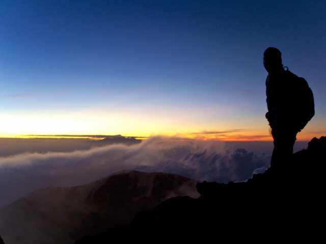 Lever de soleil du Mont Agung (3142 m), Bali - Indonésie, © Christian Leroy - TIRAWA